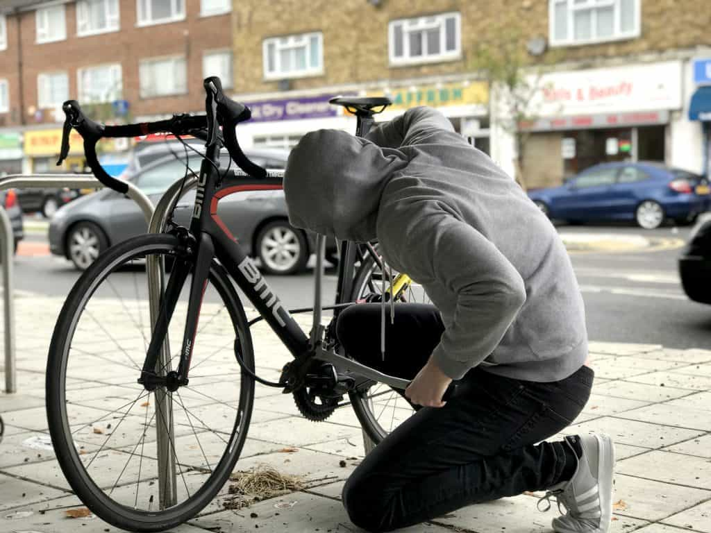 Bike thieves use bolt cutters to steal bikes