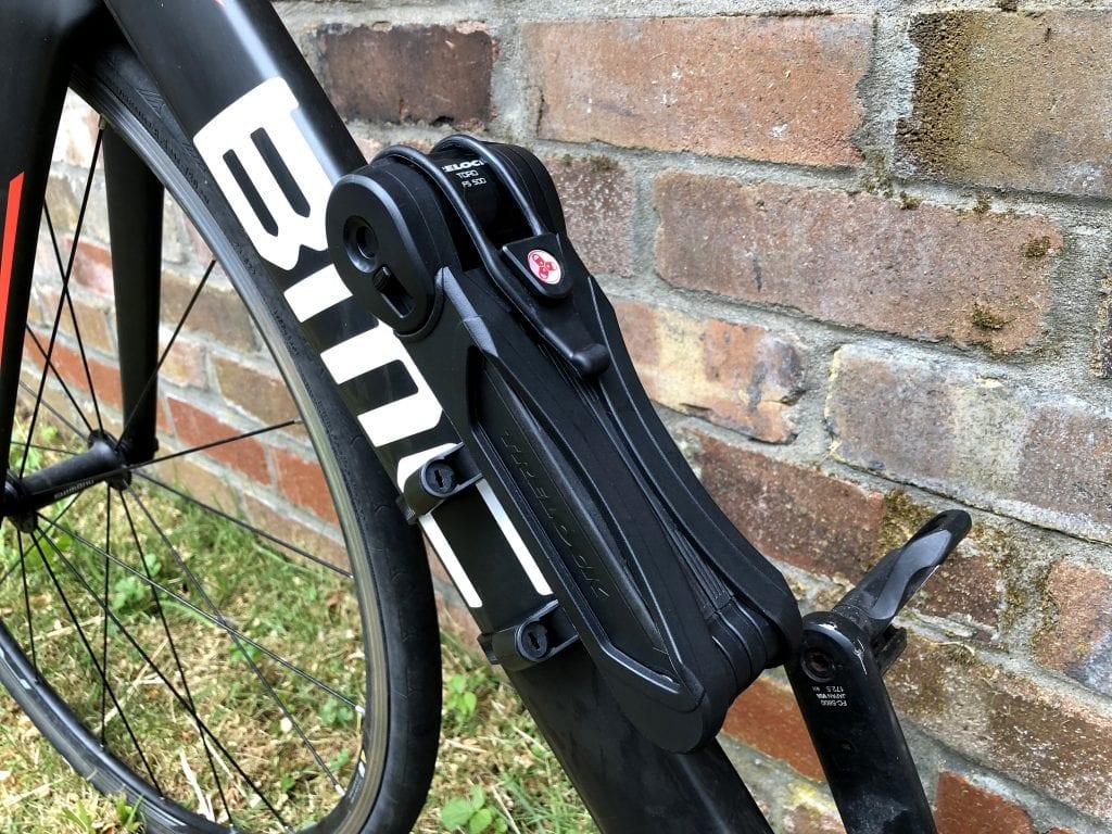Trelock FS 500 mounted on bike