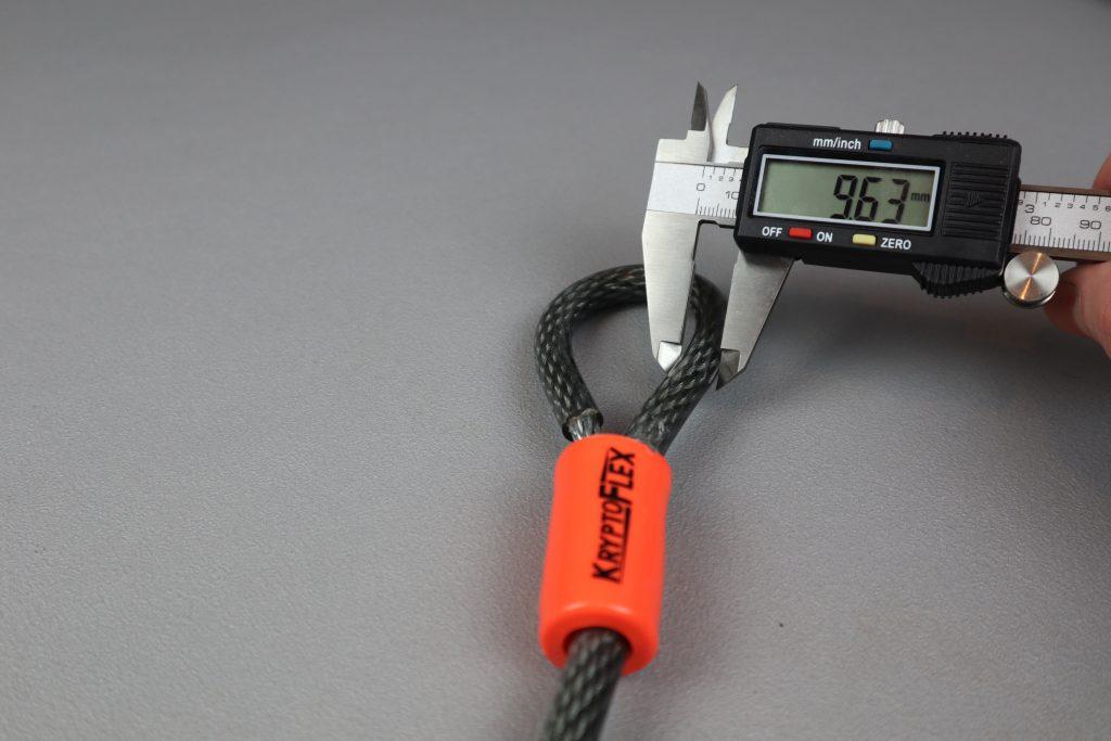 Measuring the width of the Kryptonite Kryptoflex 710 looped cable