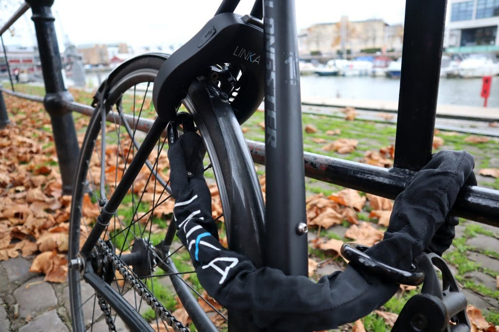 Linka Smart Bike Lock Review The No 1 Bluetooth Bike Lock