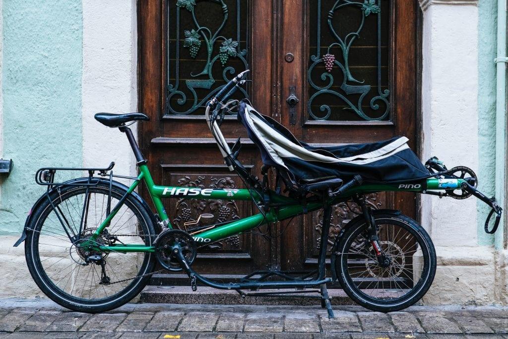 Recumbent tandem bike