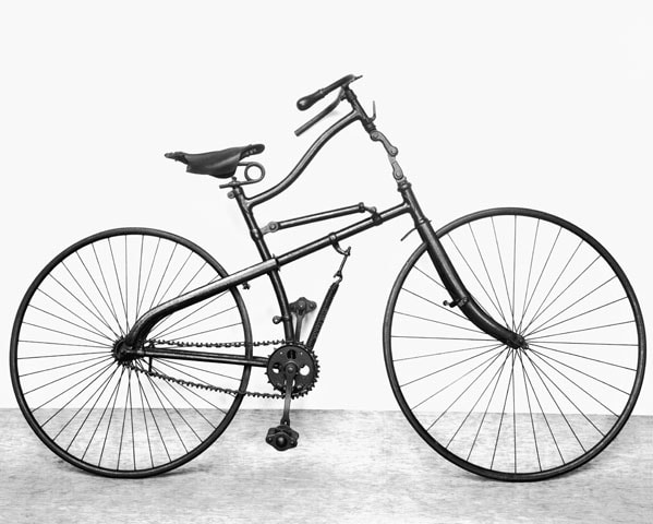 The history of bicycle suspension