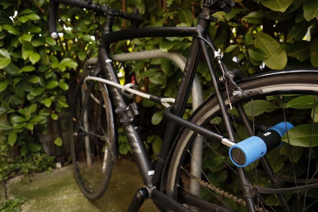 How to lock your bike with the Oxford Alarm-D Pro Duo