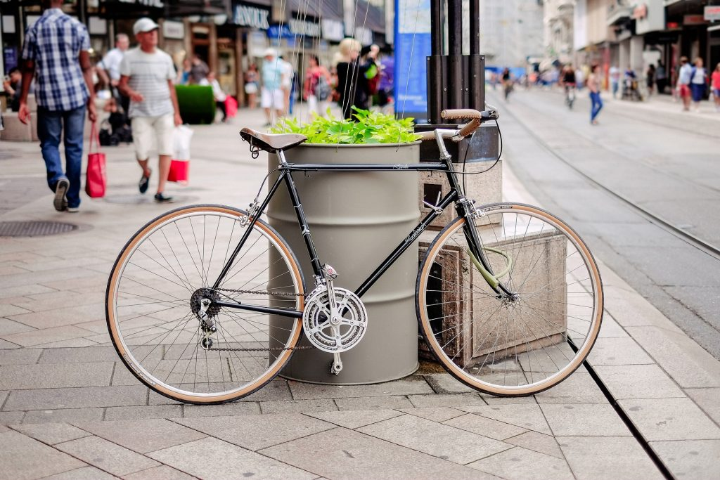 What is a city bike, picture of a city bike