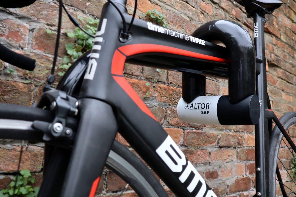 ALTOR SAF Bike lock locked to high value bike