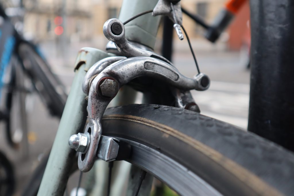 Bicycle disc brakes explained